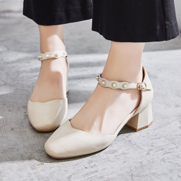 Beige Square Toe of Shoes Middle Heel Women's Sandals