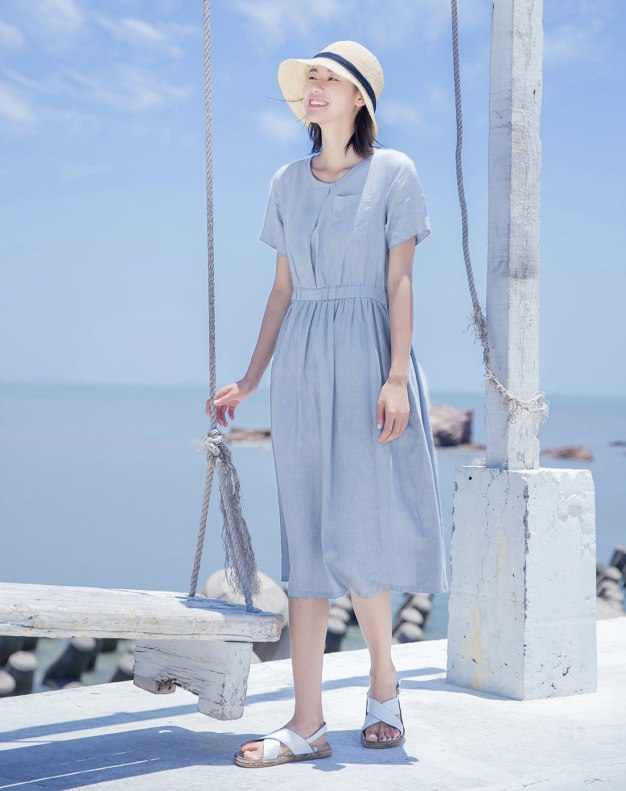 Blue Round Neck Short Sleeve 3/4 Length Fitted Women's Dress