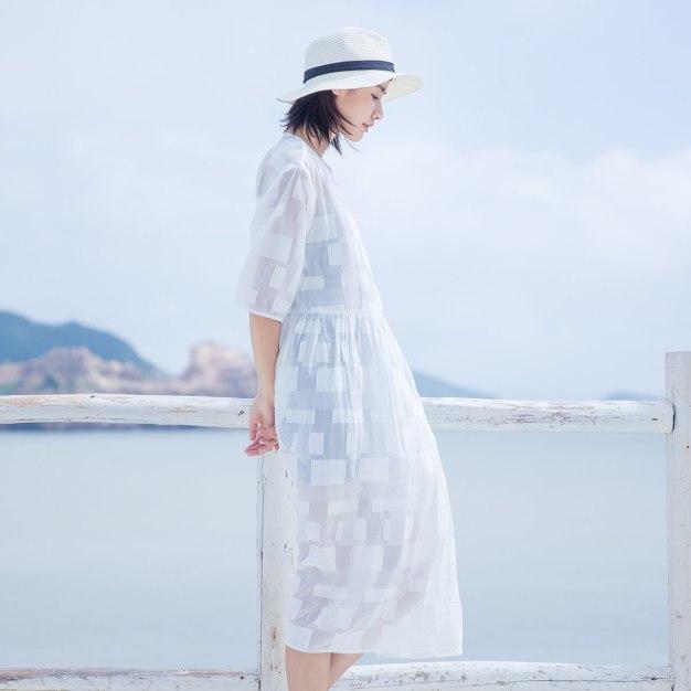 White Round Neck Half Sleeve 3/4 Length Loose Women's Dress