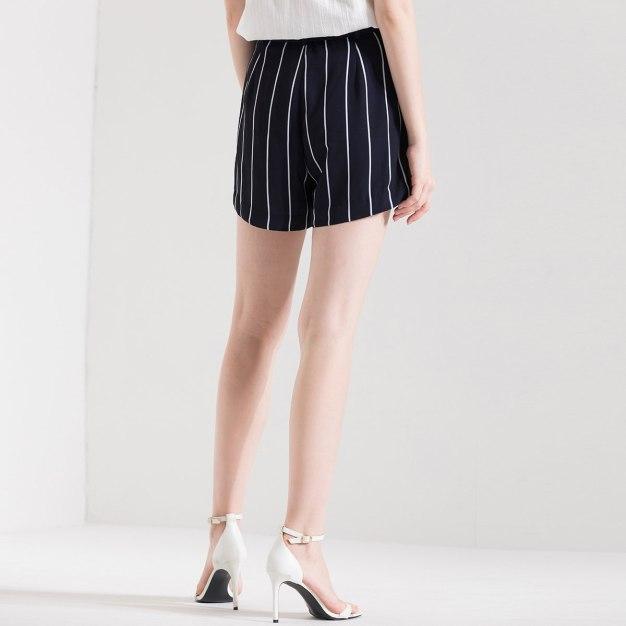Drawstring Type Short Women's Pants