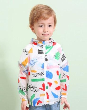 Белая солнцезащитая одежда для мальчиков