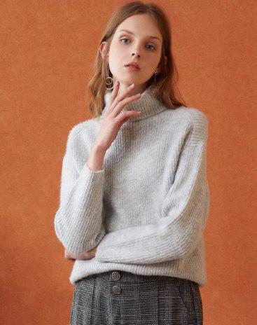 Gray Long Sleeve Standard Women's Sweater
