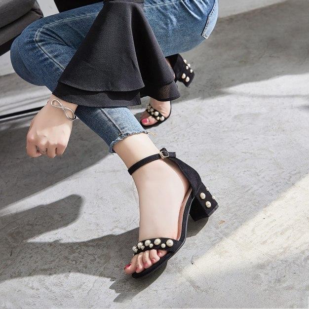 Black Middle Heel Anti Skidding Women's Sandals