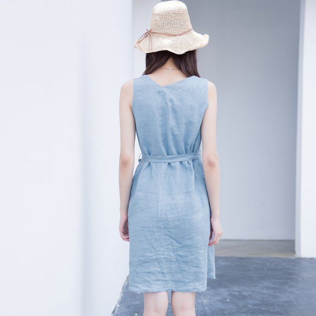 Blue V Neck Sleeveless 3/4 Length Fitted Women's Dress