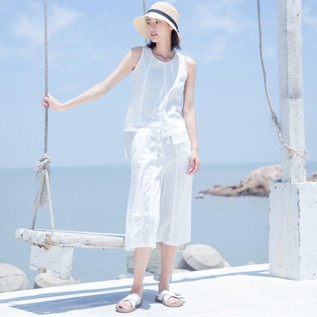 White Linen Sleeveless 3/4 Length Women's Co-Ords