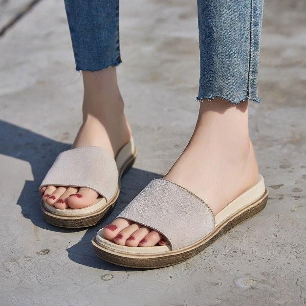 Apricot Flat Wear-Resistant Women's Sandals