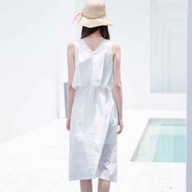 White V Neck Sleeveless 3/4 Length Fitted Women's Dress