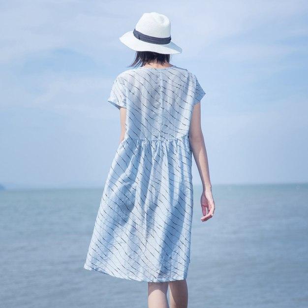 Blue Round Neck Short Sleeve 3/4 Length Loose Women's Dress