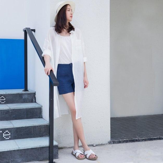 White Plain Single Breasted Cropped Sleeve Women's Shirt