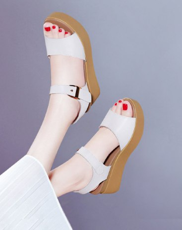 White Pointed Flat Women's Sandals
