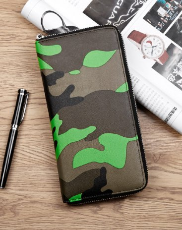 Camouflage Small Men's Wristlet