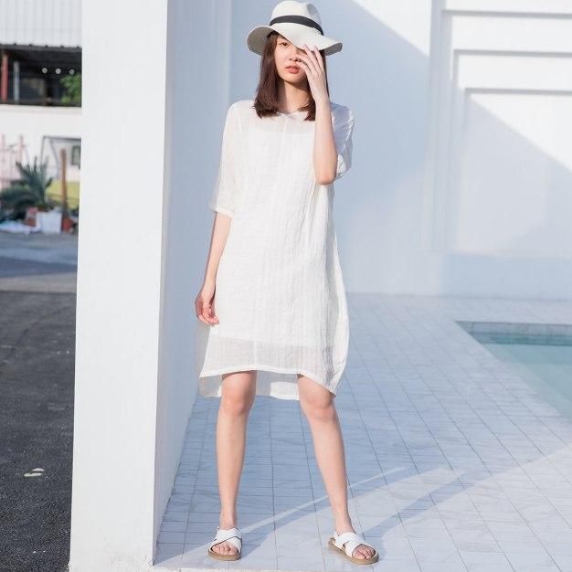 White Round Neck Half Sleeve 3/4 Length Standard Women's Dress