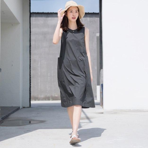 Gray Round Neck Sleeveless 3/4 Length Standard Women's Dress