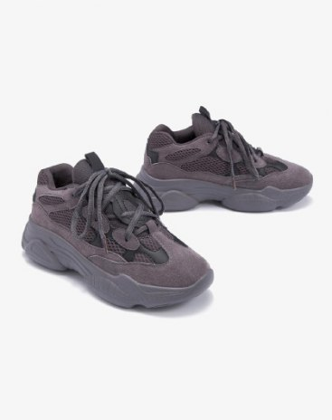 Gray Round Head Middle Heel Women's Sport Shoes