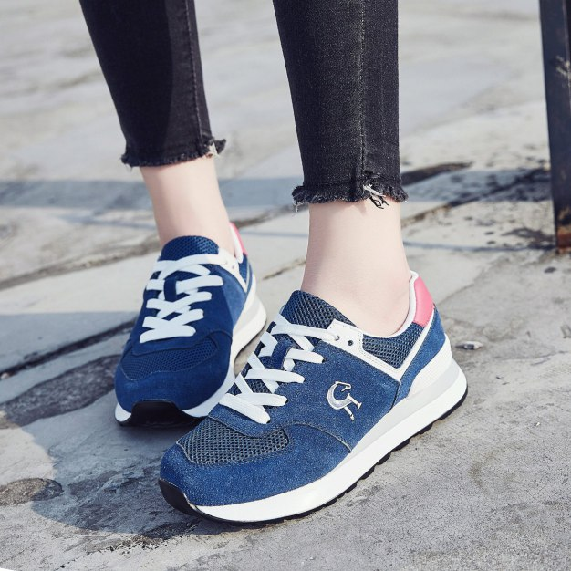 Blue Round Head Flat Women's Sport Shoes