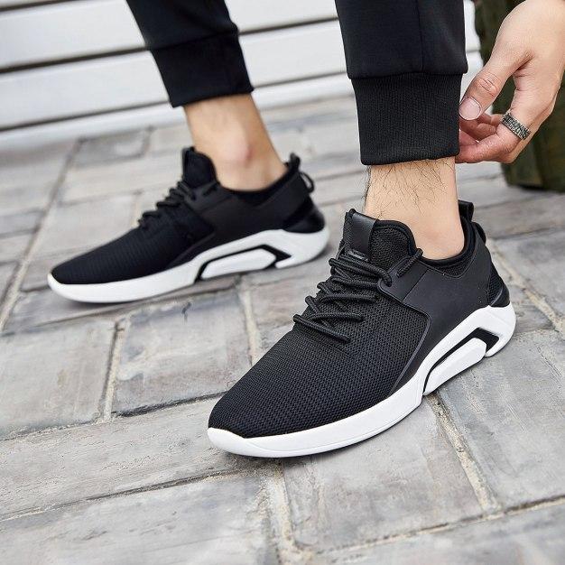 Black Round Head Portable Men's Sports Shoes