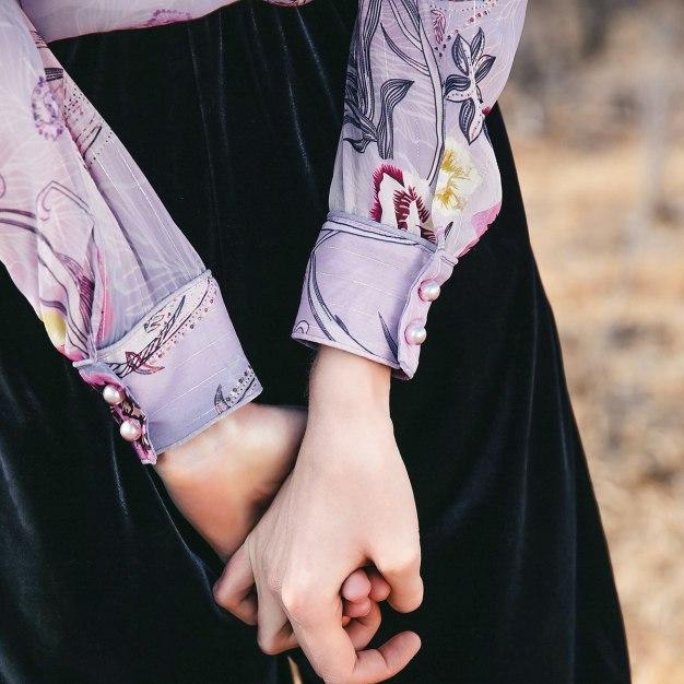 Colourful V Neck Elastic Long Sleeve Standard Women's Shirt