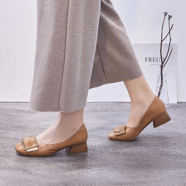 Brown Square Toe Middle Heel Wear-Resistant Women's Pumps