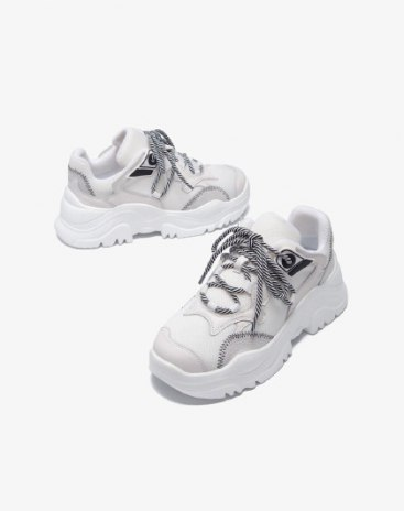 White Round Head Middle Heel Women's Sport Shoes