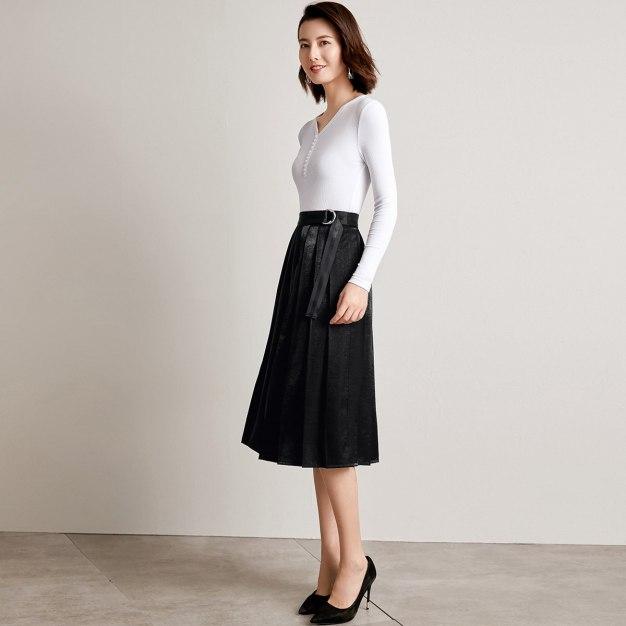 Black 3/4 Length Women's Pleated Skirt