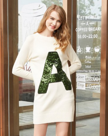 White Round Neck Long Sleeve Pencil Skirt Women's Dress