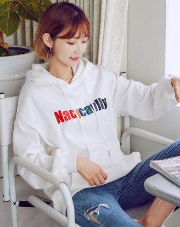 White Elastic Long Sleeve Loose Women's Sweatshirt