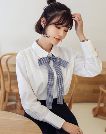 White Plain Lapel Long Sleeve Loose Women's Shirt