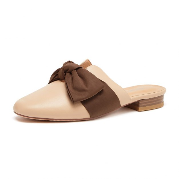 Low Heel Women's Close Toe Shoes
