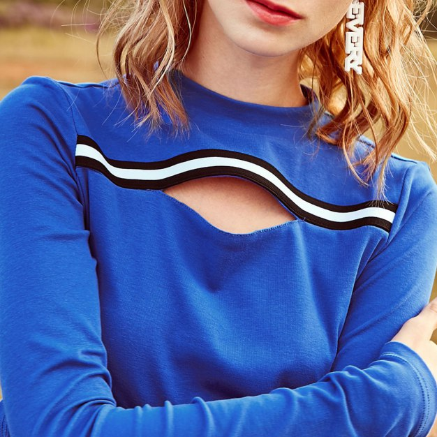 Contrast Color Round Neck Long Sleeve Women's Innerwear Top