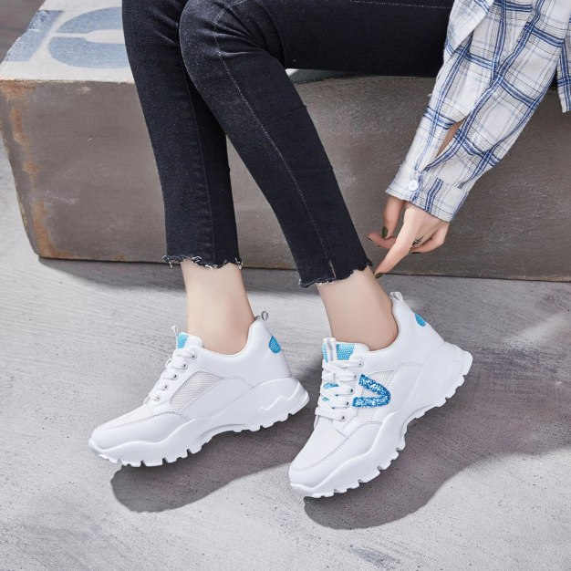 Blue Round Head Flat Women's Outdoor Shoes
