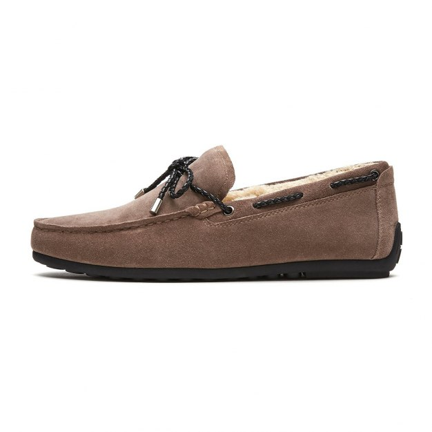 Apricot Round Head Men's Sailboat Shoes