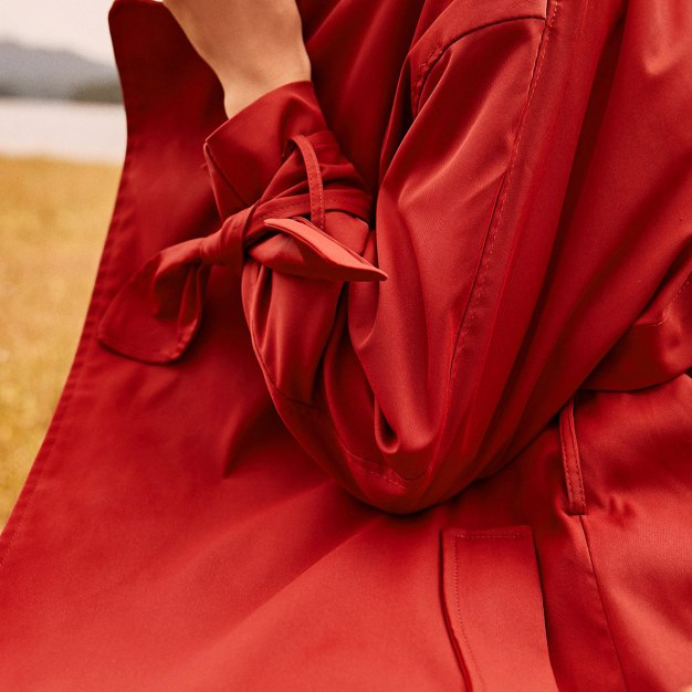 Red Plain Lapel Drawstring Type Long Sleeve Women's Outerwear