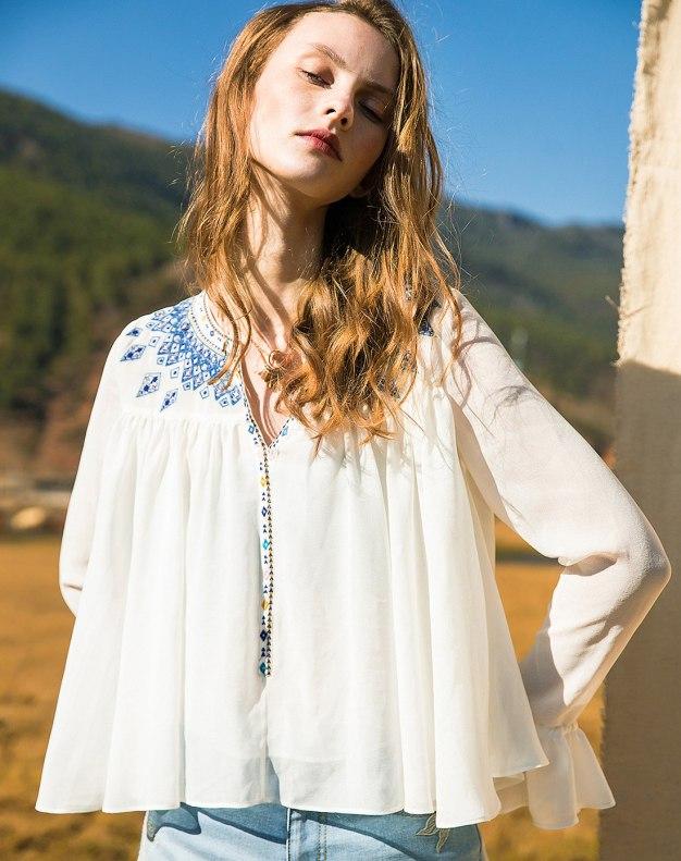 White Plain V Neck Long Sleeve Loose Women's Shirt