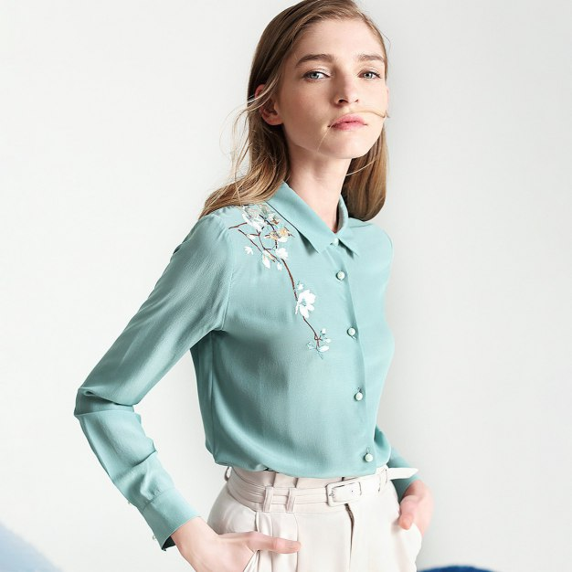 Green Embroidery Lapel Long Sleeve Standard Women's Shirt