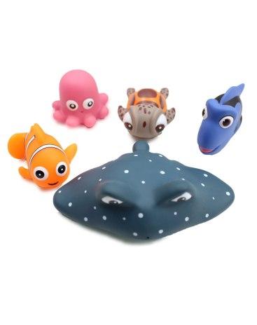 Kid Finding Nemo