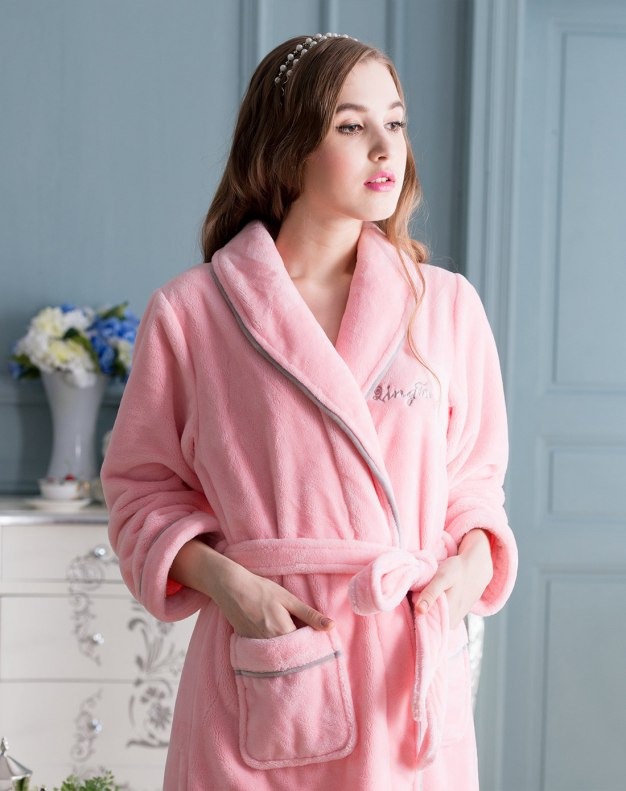 Pink Polyester Thickened And Cashmere Women's Night-Robe