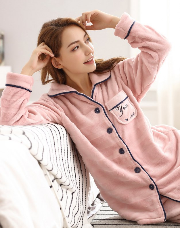 Polyester Sleeve Thickened And Cashmere Women's Sleepwear