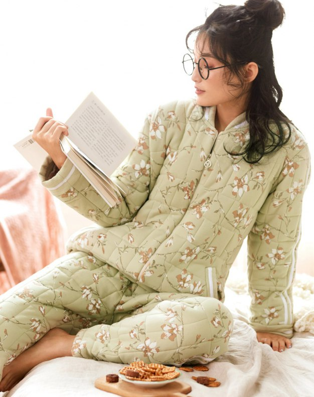 Green Sleeve Ex Thick With Cotton Inside Women's Sleepwear