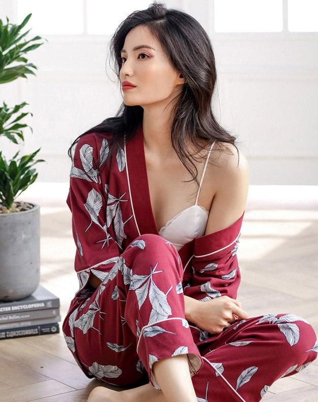 Red Cotton 3/4 Sleeve Thin Women's Loungewear