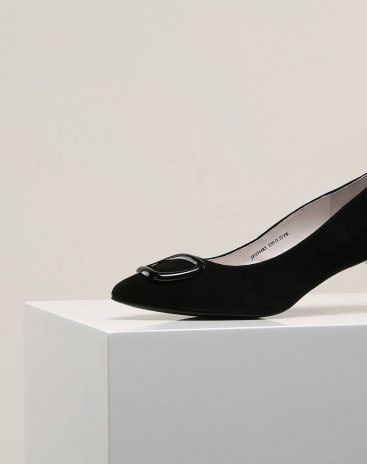 Black Pointed Middle Heel Women's Shoes