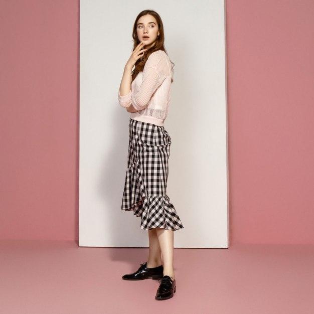 Red Plain Round Neck Short Sleeve Women's Knitwear