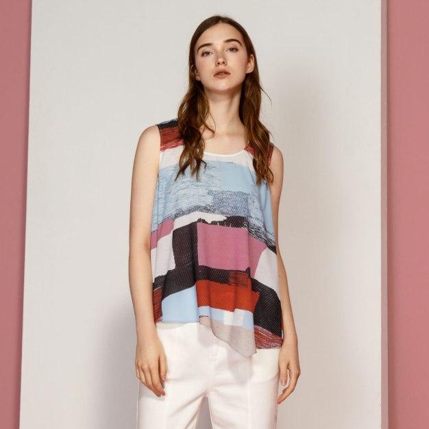 Contrast Color Round Neck Sleeveless Standard Women's T-Shirt