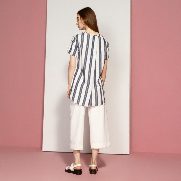 Plain Round Neck Sleeveless Women's T-Shirt