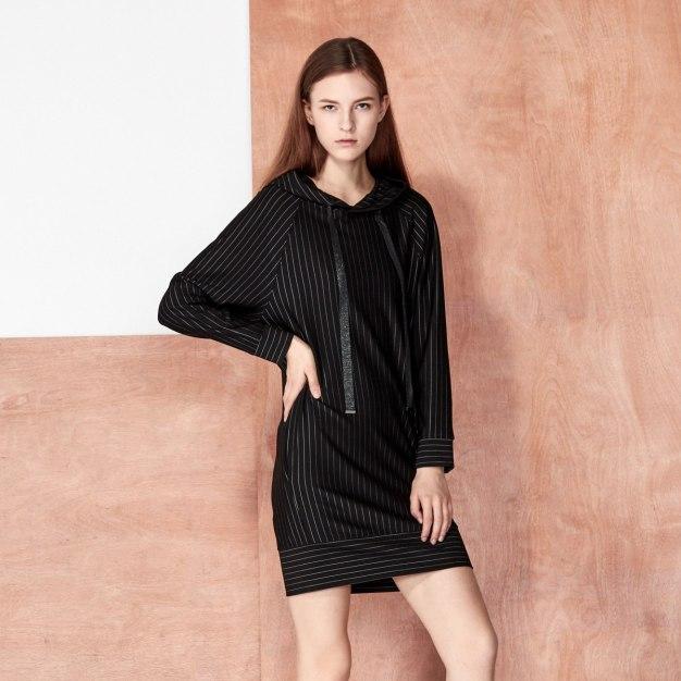 Stripes Strappy Neck Elastic Long Sleeve Women's Sweatshirt