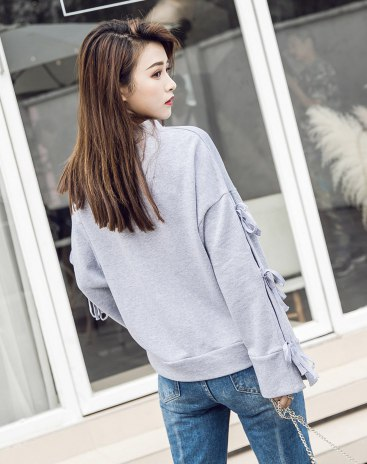 Gray Round Neck Anti-Pilling Standard Women's Sweatshirt