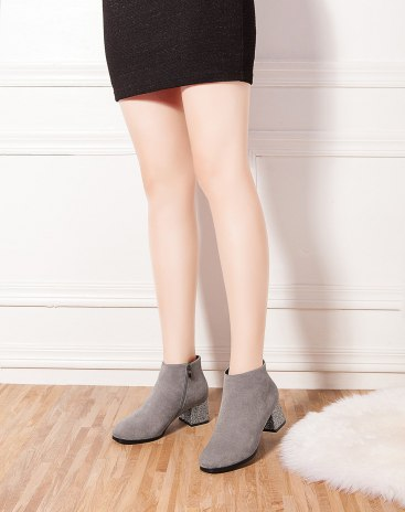 Gray High Top Square Toe Middle Anti Skidding Women's Boots