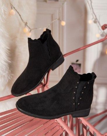Black Round Head Low Heel Medium Cylinder Women's Boots
