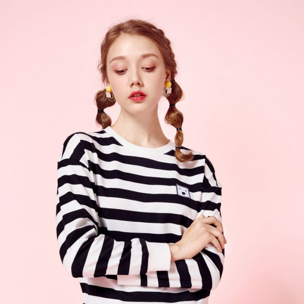 Stripes Round Neck Long Sleeve Loose Women's Sweatshirt