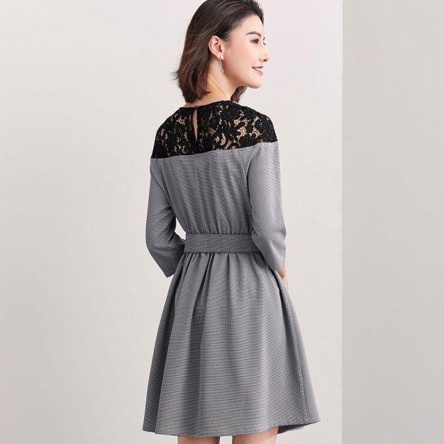 Round Neck 3/4 Sleeve Standard Women's Dress