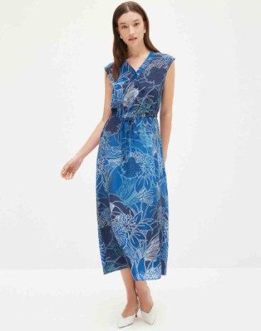 Blue Round Neck Sleeveless 3/4 Length Loose Women's Dress